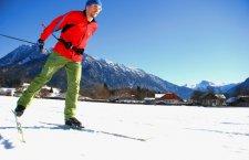 © Kraft | Langlaufloipe in St. Agatha /Bad Göisern am Hallstättersee) beim Skilanglaufen im Salzkammergut