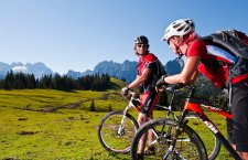 ©OÖ.Tourismus/Erber | Mountainbikeurlaub im Salzkammergut: Mountainbiken in Gosau.