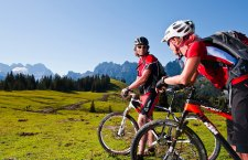 ©OÖ.Tourismus/Erber   Mountainbikeurlaub im Salzkammergut: Mountainbiken in Gosau.