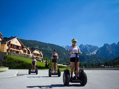 Segway fahren im Salzkammergut: Unterwegs mit den Guides von Checkpoint in Gosau die Schönheiten des Gosautals  genießen.