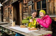 ©OÖ.Tourismus/Erber | Winterurlaub in Gosau bei Skifahren in der Skiregion Dachstein West bei einem Winterurlaub im Salzkammergut