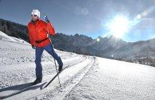 © Kraft | Entdecken Sie die UNESCO Welterberegion Hallstatt Dachstein Salzkammergut: Ski-Langlaufen beim Winterurlaub in Gosau.