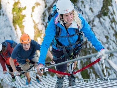© Krauß | Klettersteige in der UNESCO Welterberegion Hallstatt Dachstein Salzkammergut. Klettersteig am Gosausee