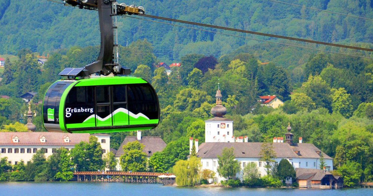 Grünberg mountain cable car in Gmunden on Lake Traunsee » Your ...