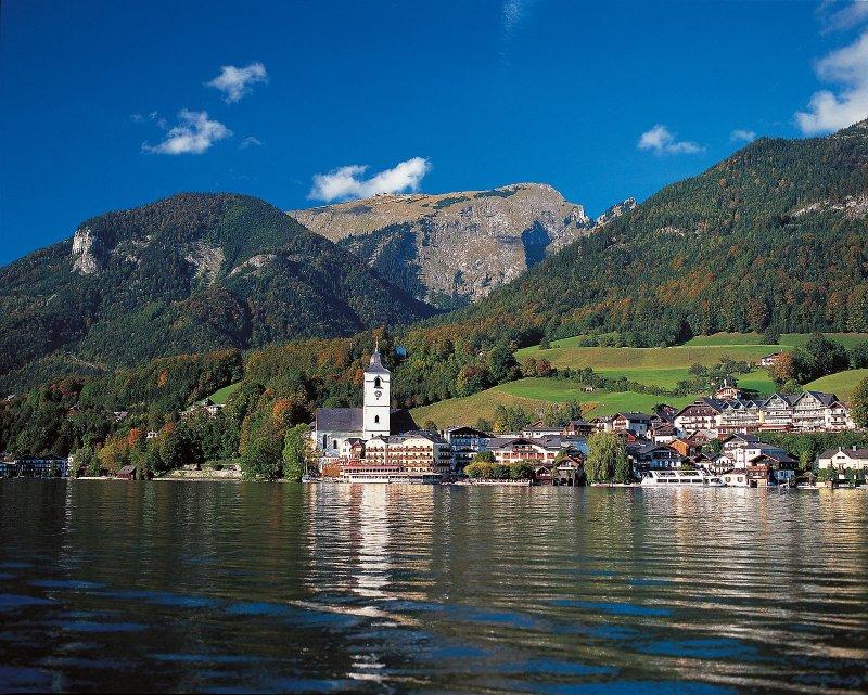 Rund um den wolfgangsee your holiday in hallstatt austria prevnext sciox Images