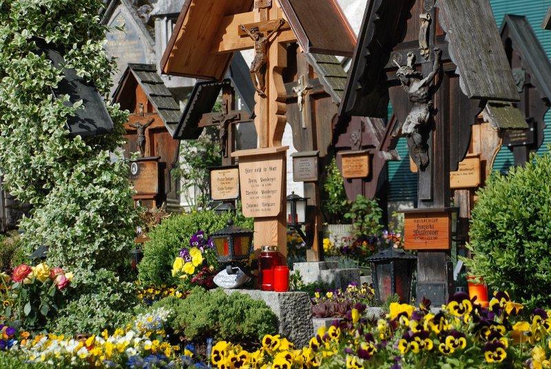 Elegant The Cemetery Of Hallstatt