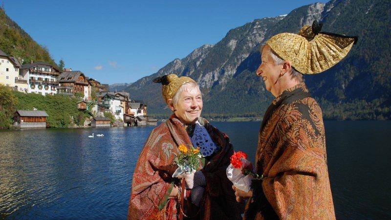 © Kraft | Impressionen aus der UNESCO Welterberegion Hallstatt Dachstein Salzkammergut: Ehemalige traditioneller Kopfschmuck an Fest und Feiertagen – die Goldhaube.