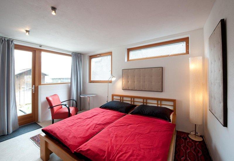 10 modern schlafzimmer bank designs, lakeside loft, hallstatt » apartments in hallstatt / salzkammergut, Design ideen