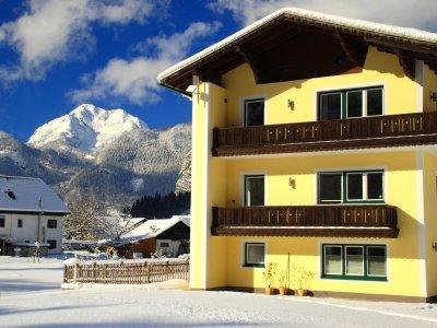 © Kraft | Urlaub am Hallstättersee: Landhaus Lilly in Obertraun in der UNESCO Welterberegion Hallstatt Dachstein Salzkammergut.