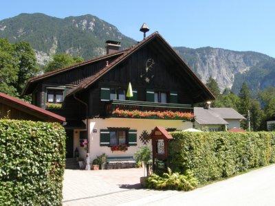 Landhaus Osborne in Obertraun am Hallstättersee | © Osborne
