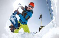 © Pixeleo | Veranstaltungen im Winter in Obertraun am Hallstättersee im Salzkammergut. Lawinen Intensiv Kurs auf der Gjaidalm in der reeSportsArena auf dem Krippenstein am Dachsteinplateau bei einem Winterurlaub in Österreich.