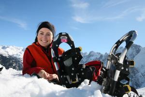 © OÖ.Tourismus/Röbl | Winterurlaub im Salzkammergut:  Schneeschuhwanderung in Gosau