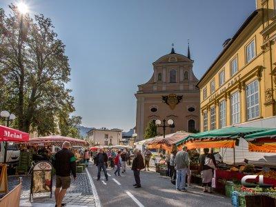 © Lenzenweger  | Wochenmarkt in Bad Ischl