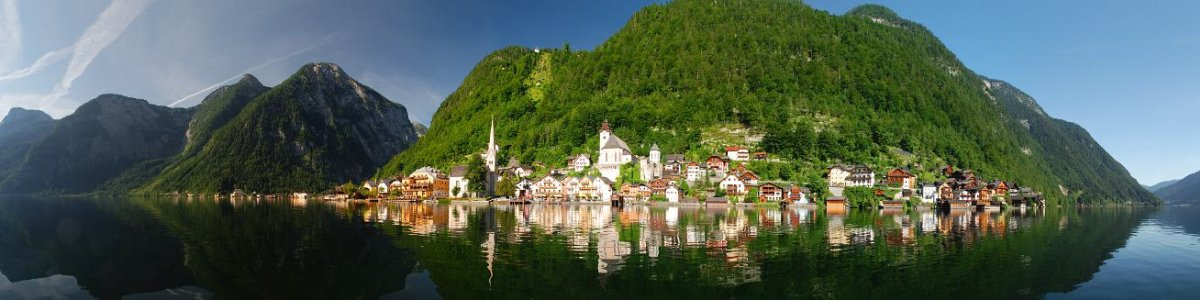 Vacation in Austria: Hallstatt on Lake Hallstatt - © Kraft