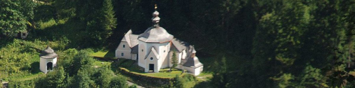 """""""Kalvarienberg"""" church  in Hallstatt - © Kraft"""