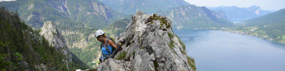 Klettersteige im Salzkammergut: Mahdlgupf Klettersteig am Attersee - © Outdoor Leadership