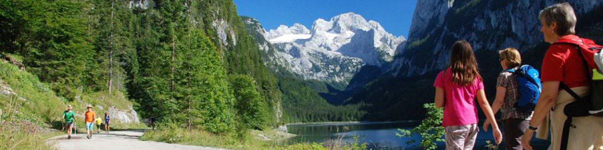 Hiking around Lake Gosau in Austria - © Kraft