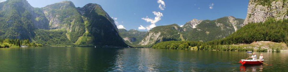 Holiday on Lake Hallstatt in Austria - © Kraft