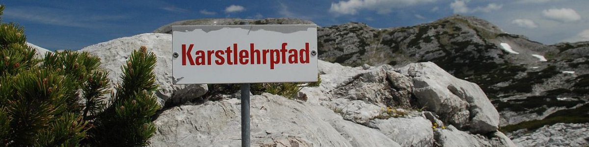 Hiking in Austria: The karst nature trail in Obertraun on Lake Hallstatt -