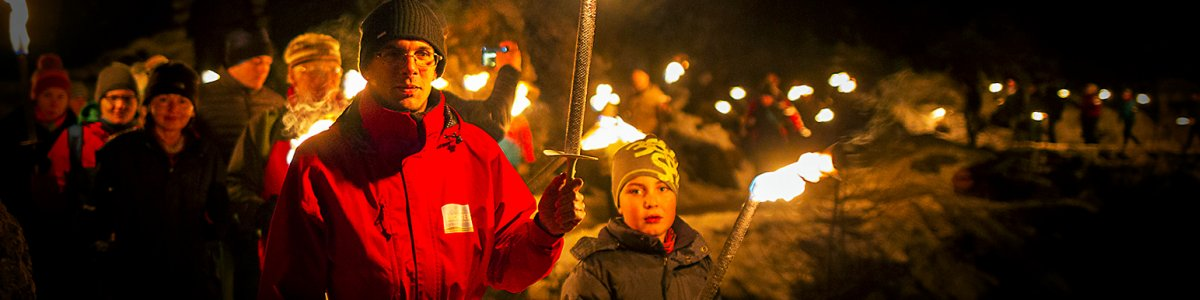 Torch-lit hike and winter tour of the Mammoth Cave in Obertraun - © DAG/Schöüf