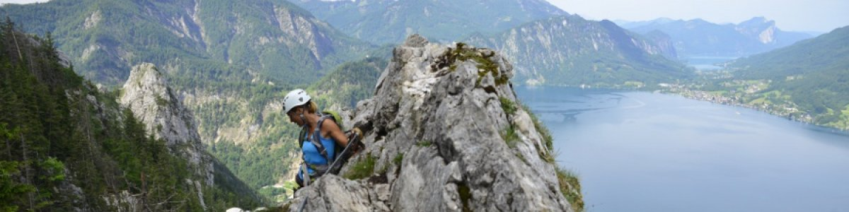 Fixed rope route Mahdlgupf on Lake Attersee in Austria - © Outdoor Leadership