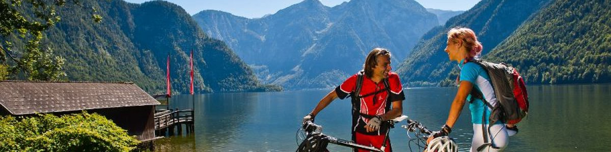 Summer holiday in Austria: Mountainbiking around Lake Hallstatt - © OÖ.Tourismus/Erber