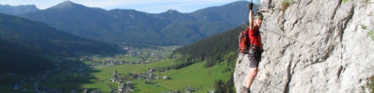 Schmied Fixed Rope Route in Gosau - © Alpin Laserer
