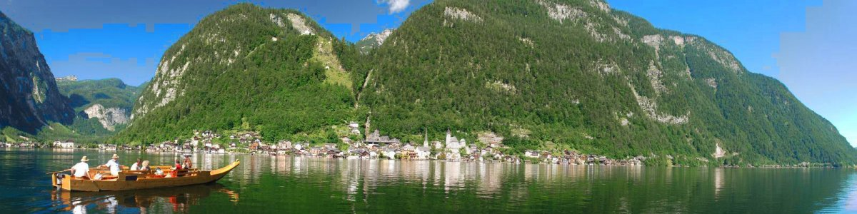 Holiday on Lake Hallstatt in Austria - © Kraft