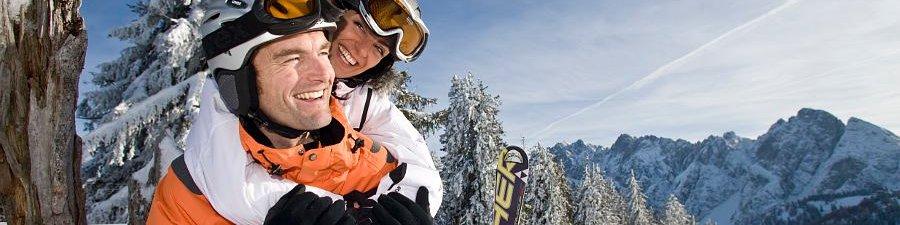 Winterurlaub in Gosau: Skifahren im Skigebiet Dachstein West - © OÖ.Tourismus/Hinsl