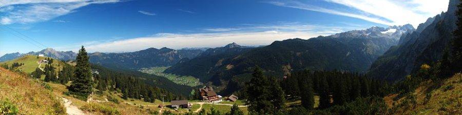 Wandern im Herbst: Zwieselalm in der Dachstein West Wanderwelt - © Kraft