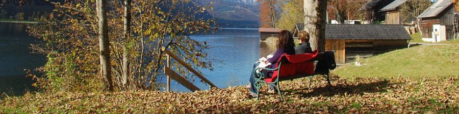 Indian Summer in Austria: Impressions from the East bank trail anlong Lake Hallstatt - © Kraft