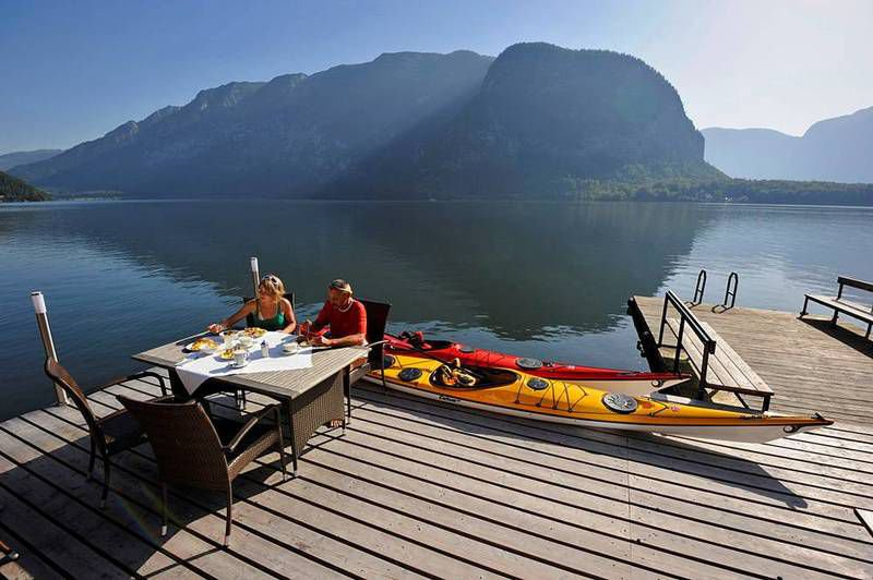 your holiday in hallstatt austria. Black Bedroom Furniture Sets. Home Design Ideas
