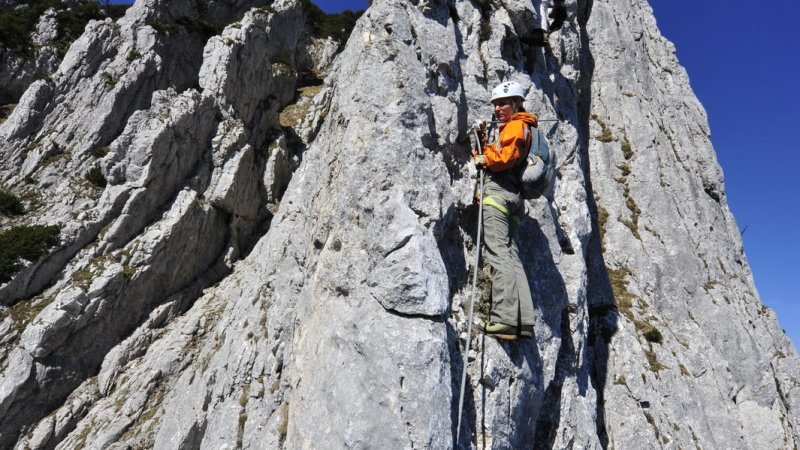 Klettersteig Ausrüstung : Klettersteig graustock klettern herausforderung titlis engelbrg