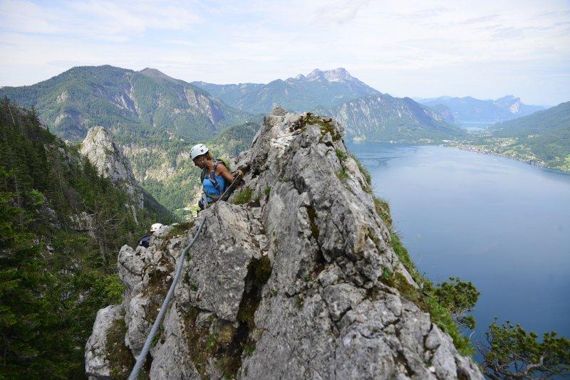 Klettersteig Mahdlgupf : Attersee klettersteig auf dem mahdlgupf grenzgänge u rund um